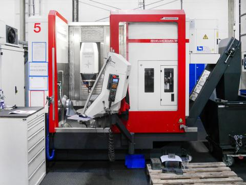 Machining centres win plaudits for their high stability